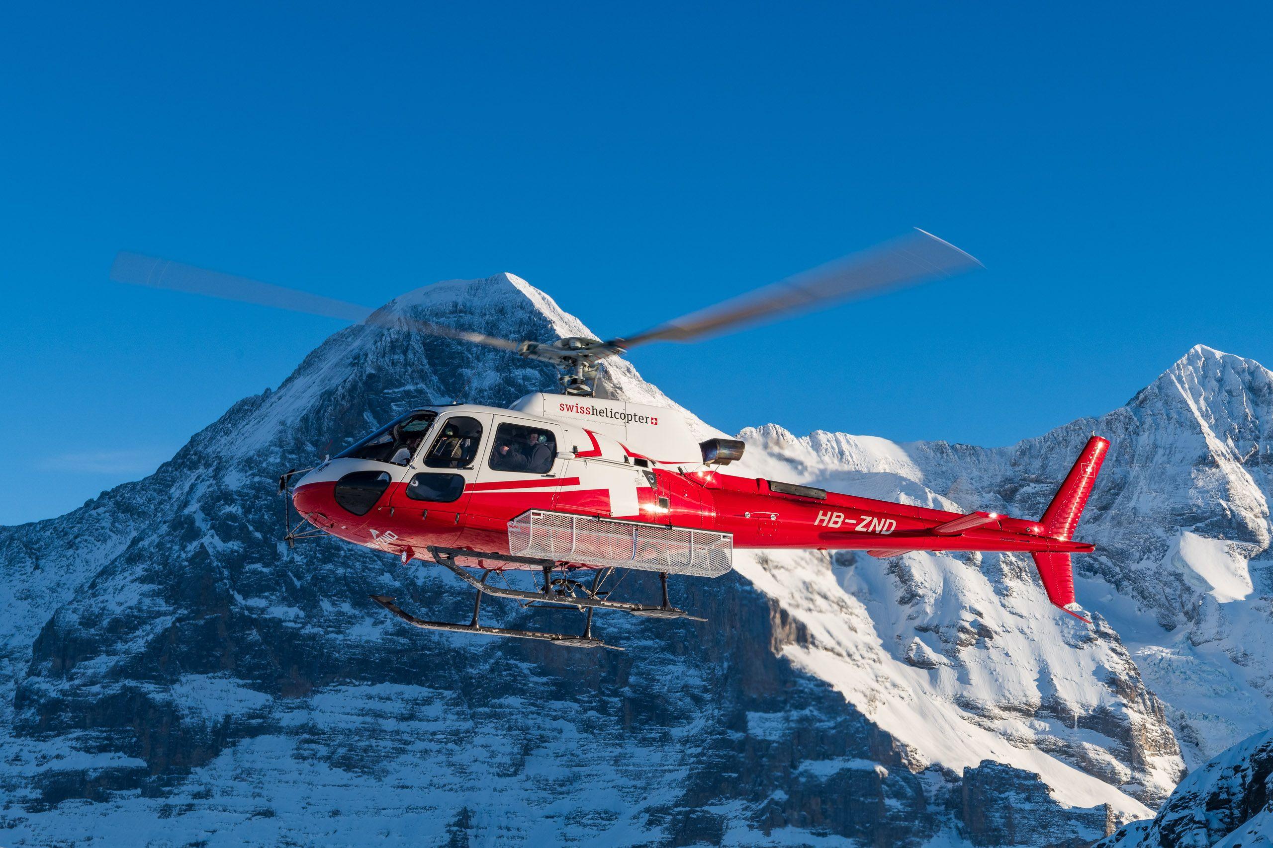Helikopter-Rundflug-mit-Swiss-Helicopter