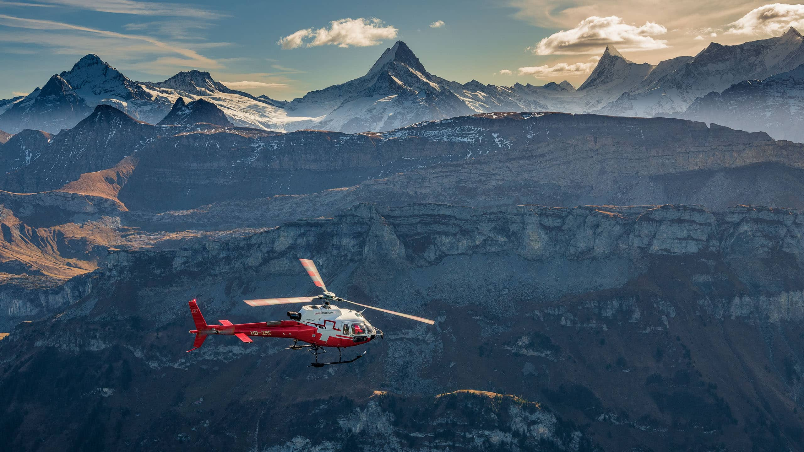Swiss_Helicopter_Rundflug_Schweiz_Berge_A85_7565